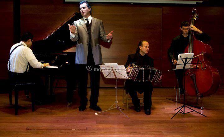 Trio con cantante