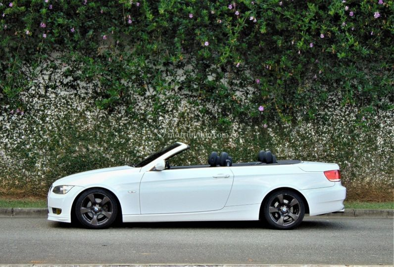 BMW 320 convertible