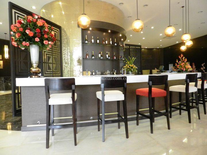 Golden Lounge - Lobby