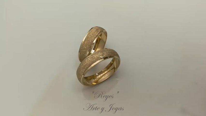 2be02a54146f Anillos de Marimonio - Reyes Arte y Joyas - Video - Matrimonio.com.co