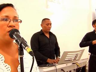 Quimbara ceremonia piano voz y violín