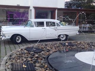 Alquiler de Ford 1957