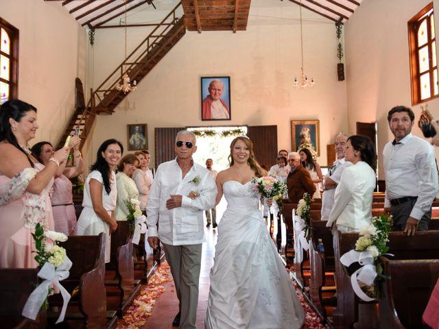 El matrimonio de José y Adriana en Medellín, Antioquia 15