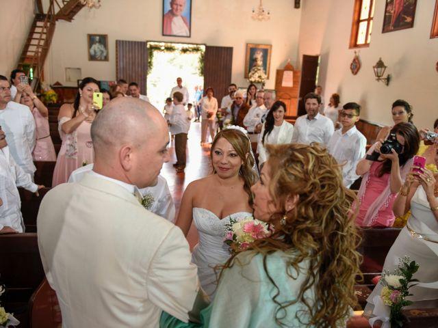 El matrimonio de José y Adriana en Medellín, Antioquia 16