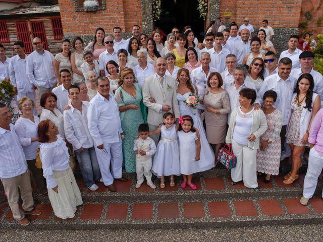 El matrimonio de José y Adriana en Medellín, Antioquia 30