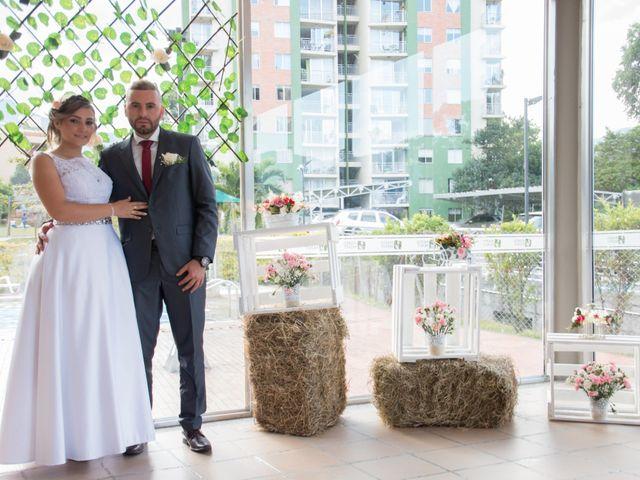 El matrimonio de Satiago y Mónica en Medellín, Antioquia 17