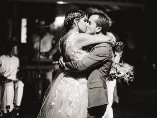 El matrimonio de Isa y John 2