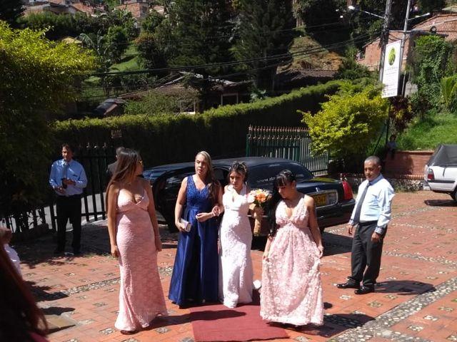 El matrimonio de Daniel  y Lady Johana  en Sabaneta, Antioquia 15