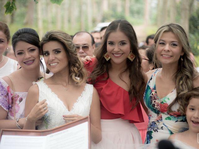 El matrimonio de Daniel  y Sara  en Bucaramanga, Santander 26