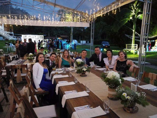 El matrimonio de Victor   y Camila   en Manizales, Caldas 9