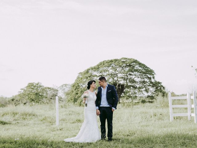 El matrimonio de Luis y Carolina en Planeta Rica, Córdoba 14