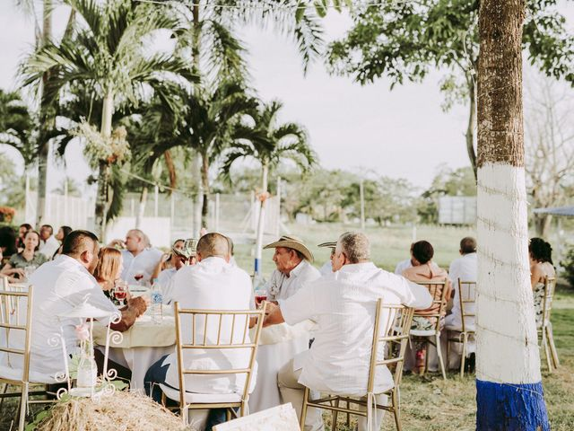 El matrimonio de Luis y Carolina en Planeta Rica, Córdoba 16
