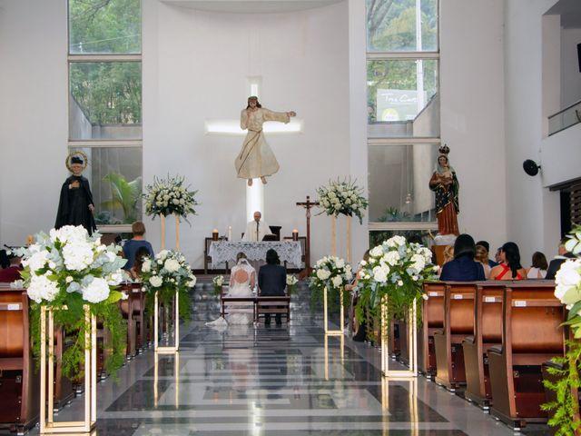 El matrimonio de Mario y Viviana en Medellín, Antioquia 4