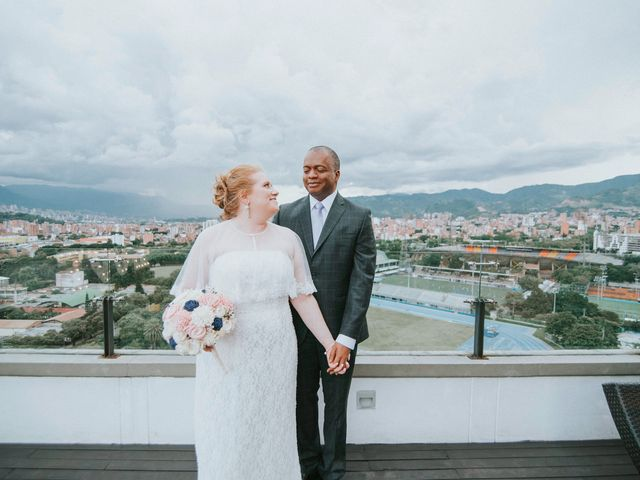 El matrimonio de Max y Joanna en Medellín, Antioquia 1