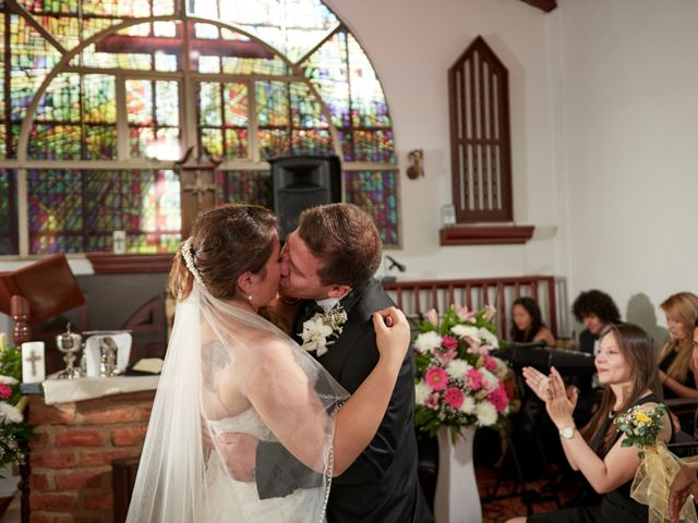 El matrimonio de Gregorio y Linda en Bogotá, Bogotá DC 16