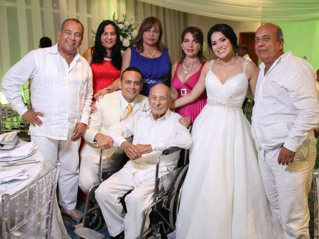 El matrimonio de Edgardo y Glenda en Cartagena, Bolívar 34