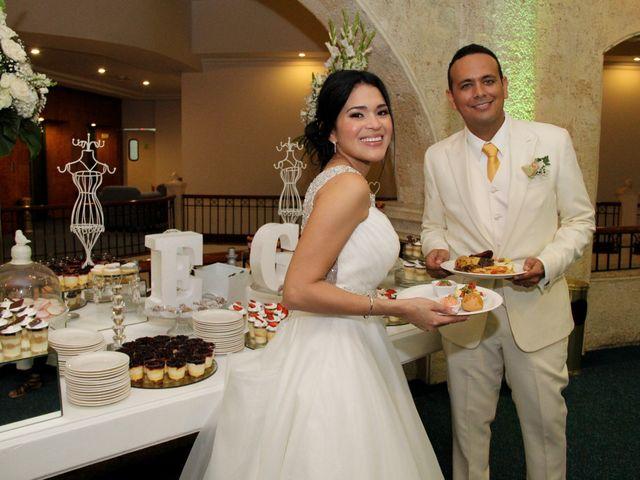 El matrimonio de Edgardo y Glenda en Cartagena, Bolívar 38