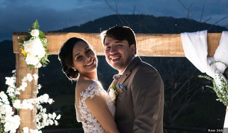 El matrimonio de Óscar y Ivana en Armenia, Quindío