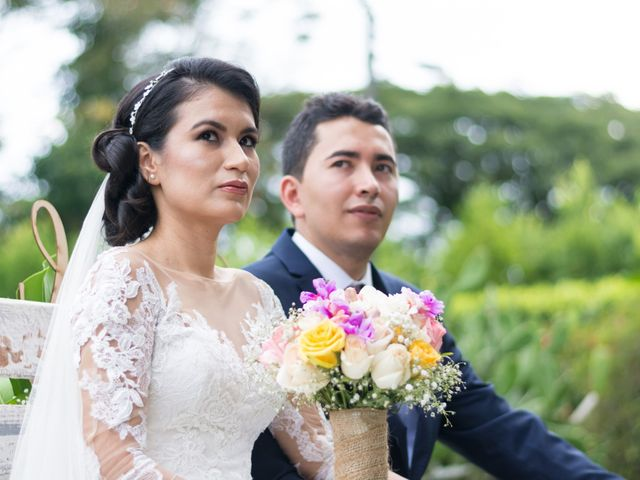 El matrimonio de Julián y Natalia en La Tebaida, Quindío 24