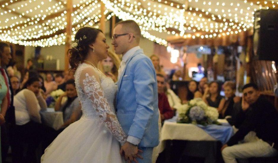 El matrimonio de Cristian Alejandro y María Alejandra en Villamaría, Caldas