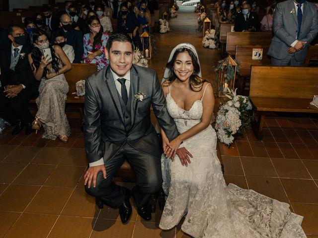 El matrimonio de Julio y María Alejandra en Envigado, Antioquia 17