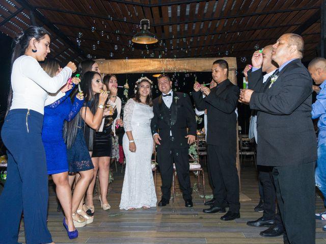 El matrimonio de Santiago y Laura en Armenia, Quindío 28