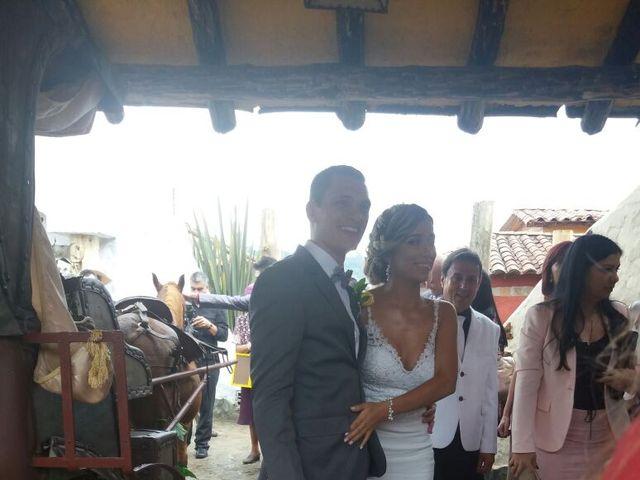 El matrimonio de Felipe y Alexandra  en Medellín, Antioquia 15