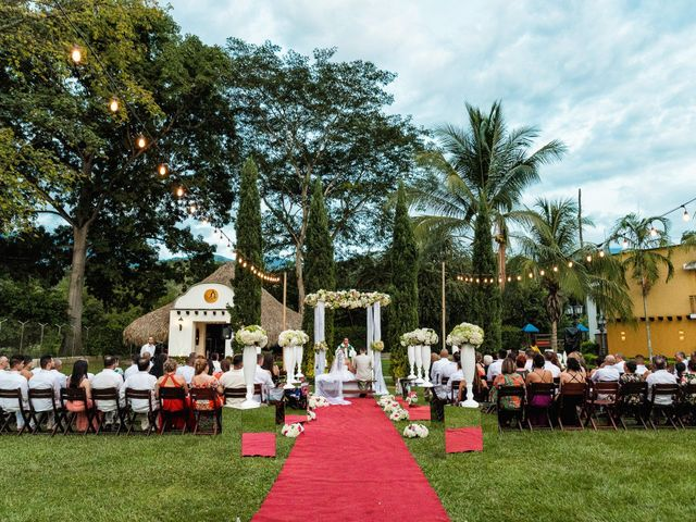 El matrimonio de Omar y Janeth en Medellín, Antioquia 37