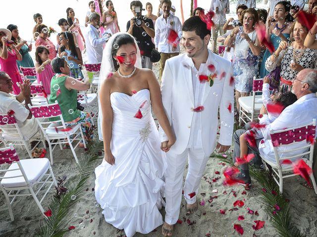 El matrimonio de Christian y Juliana en Santa Marta, Magdalena 18