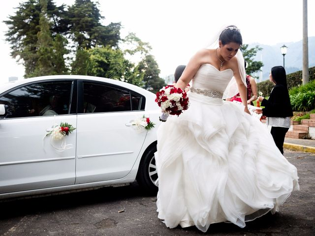 El matrimonio de Fernando y Lorena  en Bogotá, Bogotá DC 27
