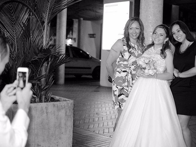 El matrimonio de Carlos y Laura en Cali, Valle del Cauca 19