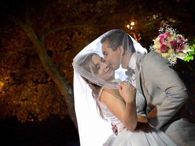 El matrimonio de Carlos y Laura en Cali, Valle del Cauca 24