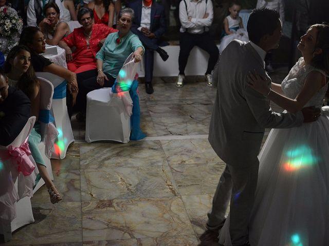 El matrimonio de Carlos y Laura en Cali, Valle del Cauca 25