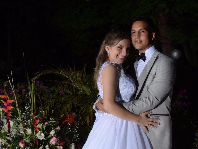 El matrimonio de Carlos y Laura en Cali, Valle del Cauca 30