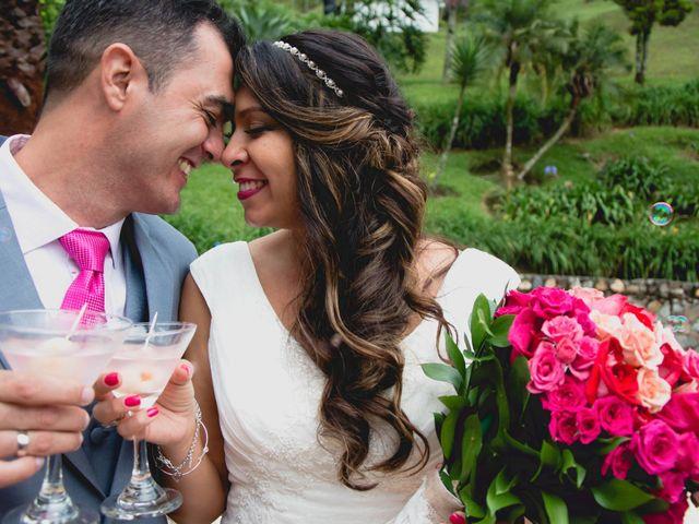 El matrimonio de Raul y Cristina en Medellín, Antioquia 24