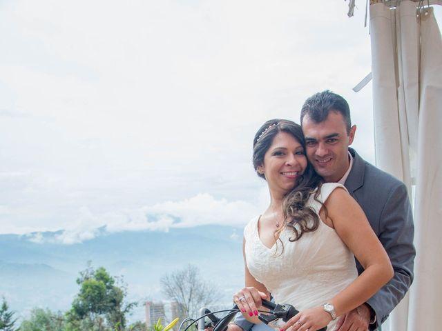 El matrimonio de Raul y Cristina en Medellín, Antioquia 29