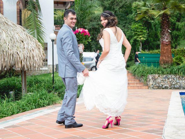 El matrimonio de Raul y Cristina en Medellín, Antioquia 30