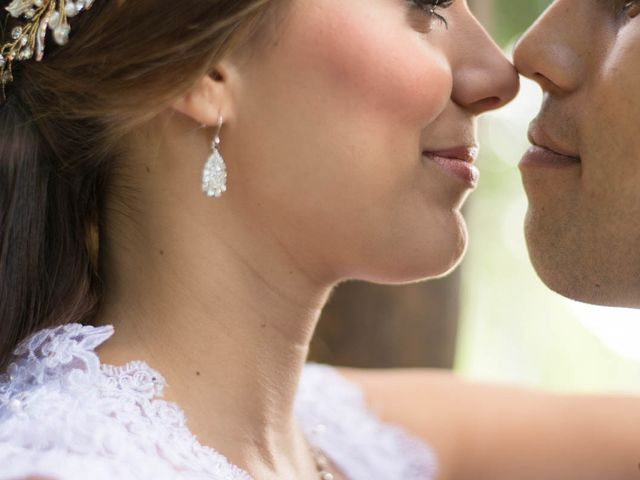 El matrimonio de Christian y Daniela en Itagüí, Antioquia 24