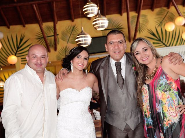 El matrimonio de Jose Carlos y María Angélica en Pereira, Risaralda 43