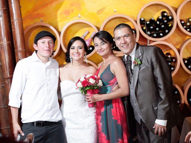 El matrimonio de Jose Carlos y María Angélica en Pereira, Risaralda 57