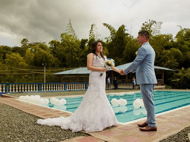 El matrimonio de Jefferson y Melani en Dosquebradas, Risaralda 2