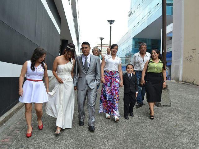 El matrimonio de John Fredy y Yeniffer en Pereira, Risaralda 9