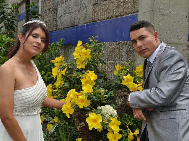 El matrimonio de John Fredy y Yeniffer en Pereira, Risaralda 10