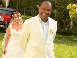 El matrimonio de Clara Ortiz y Jesus Hinestroza 3