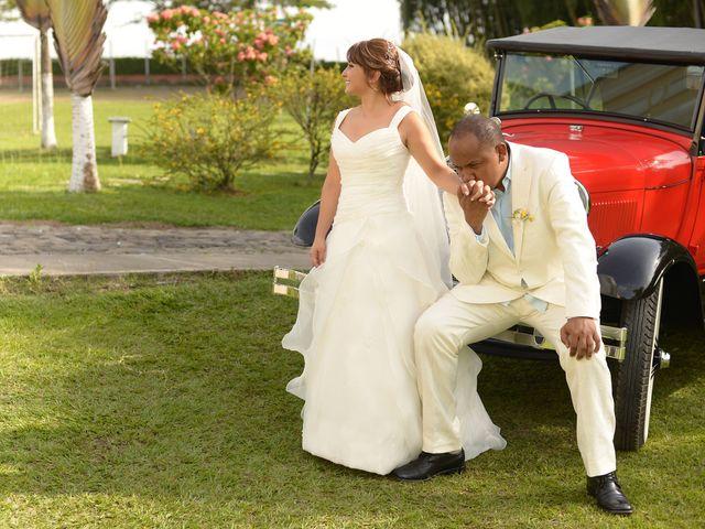 El matrimonio de Jesus Hinestroza y Clara Ortiz en Pereira, Risaralda 7