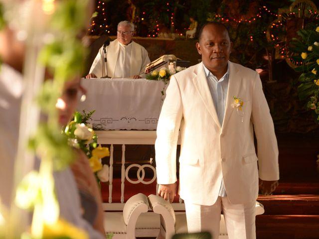 El matrimonio de Jesus Hinestroza y Clara Ortiz en Pereira, Risaralda 13