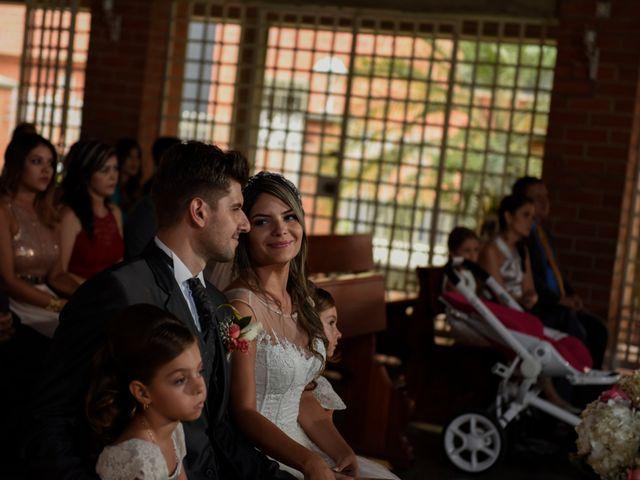 El matrimonio de Camilo y Sara en Medellín, Antioquia 17