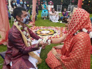 El matrimonio de Radha Madhava y Kali Yuga Pavana