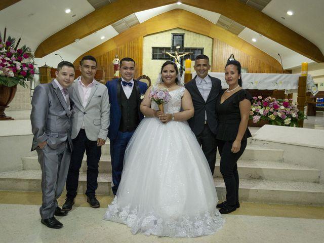 El matrimonio de Alfredo  y Ivone Carolina  en Bogotá, Bogotá DC 14