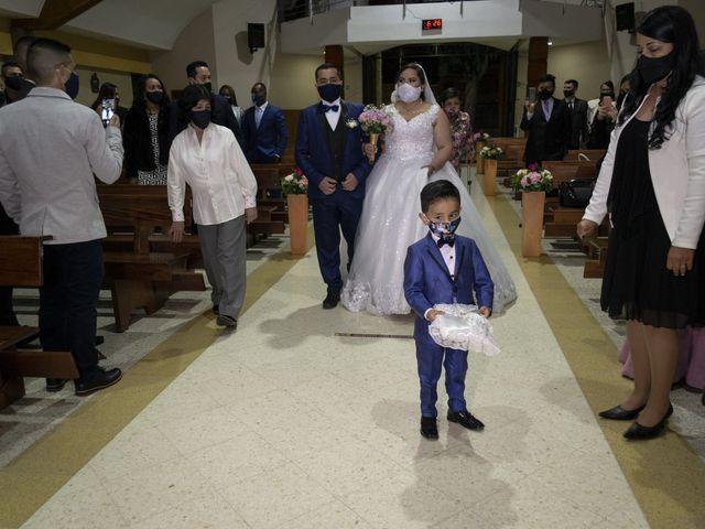 El matrimonio de Alfredo  y Ivone Carolina  en Bogotá, Bogotá DC 25